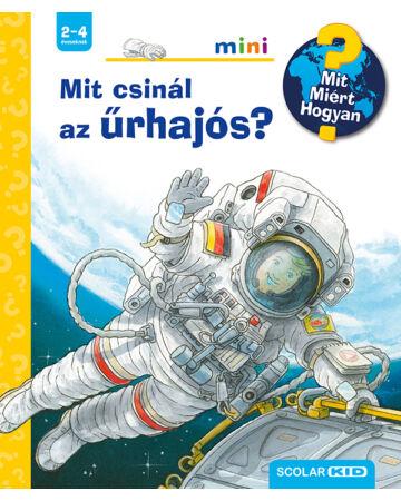 Mit csinál az űrhajós?